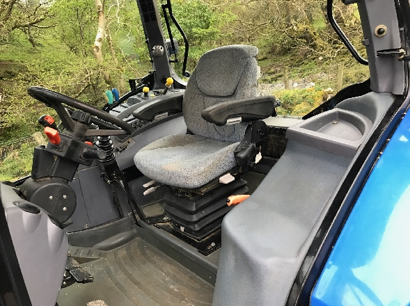 New Holland TS100A With MX Loader Tractor for Sale in